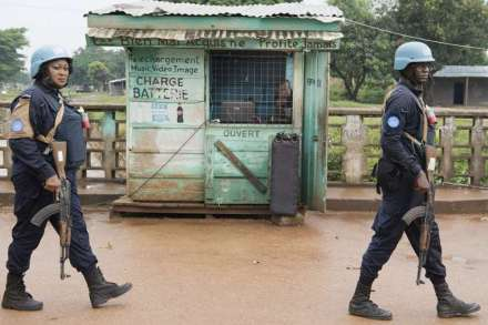 MINUSCA_peacekeepers_patrol_the_PK5_neighborhood_of_Bangui_Central_African_Republic_Oct_22_2017_Credit_UN_Photo_Eskinder_Debebe_CNA