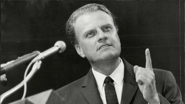 billy-graham-podium-rex-ps-180221_16x9_992